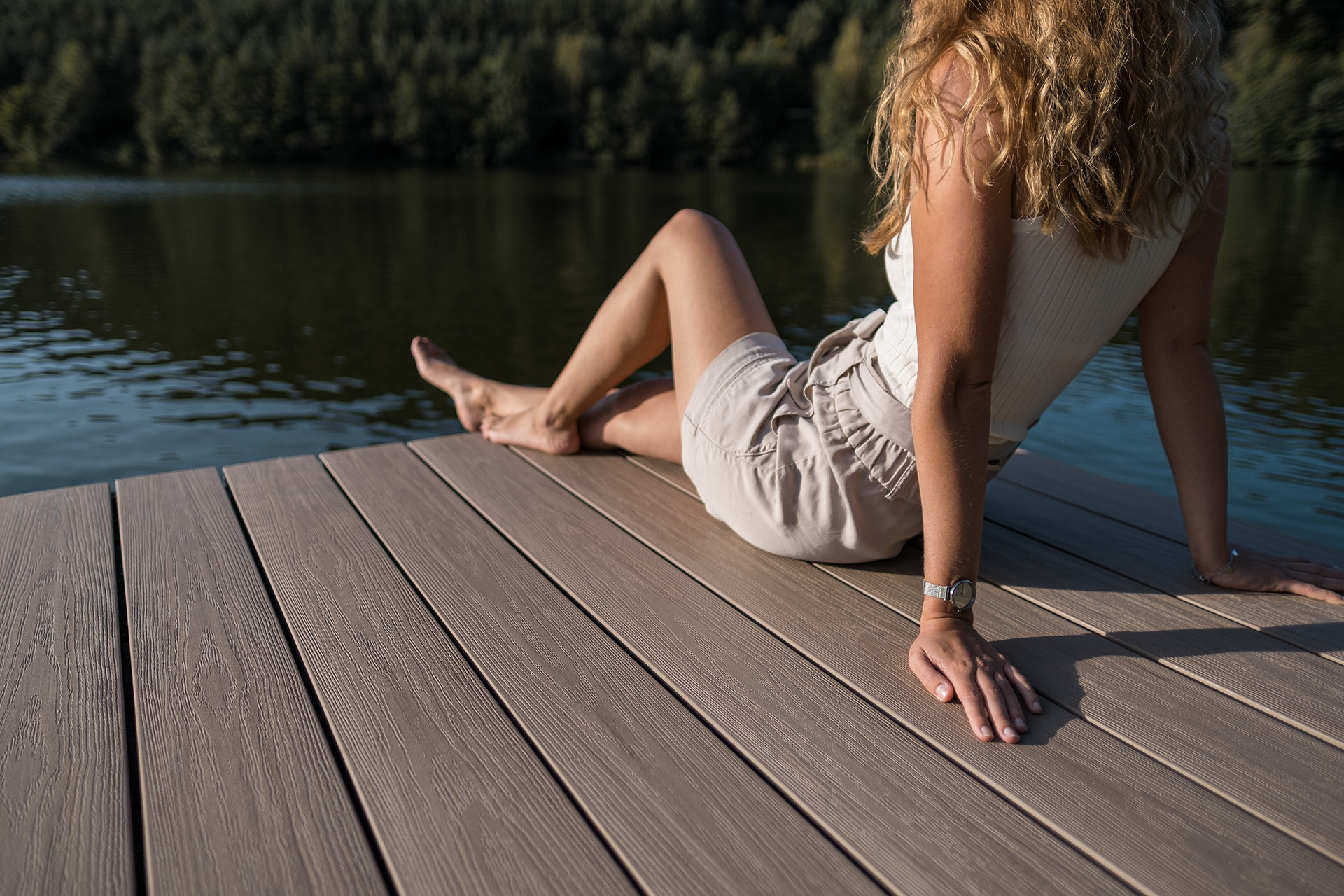 Commercial deck owners | UPM ProFi composite deck at public swimming areas